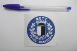 Autocollant Stickers - POLICE MUNICIPALE De METZ 57 MOSELLE - Stickers