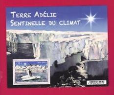 TAAF  2015     BLOC  Terre Adélie Sentinelle Du Climat N**  MNH - Blocs-feuillets