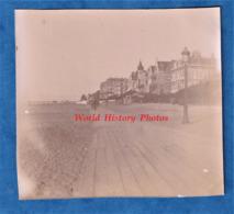 Photo Ancienne - TROUVILLE Sur MER - Bord De Mer - Vers 1900 - Lampadaire Villa Plage Histoire Patrimoine Normandie - Photos