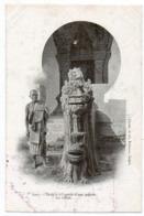 Haut-laos - Dragon à L'entrée D'une Pagode Un Bonze - Laos
