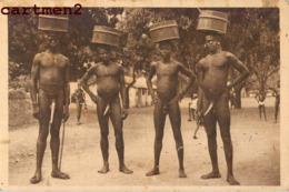 NATITINGOU GROUPE DE SOMBAS TYPE ETHNIE ETHNOLOGIE DAHOMEY AFRIQUE - Dahomey