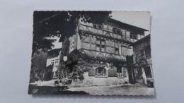 L'Ostellerie Du Vieux PEROUGES...... - Pérouges