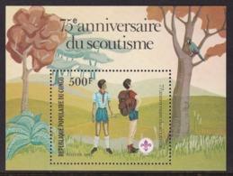BLOC NEUF DU CONGO - 75E ANNIVERSAIRE DU SCOUTISME N° Y&T 29 - Scoutisme