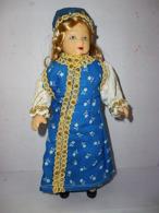 JE001 / Poupée De Collection Du Monde Entier RUSSIE - Dolls