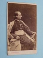 Pater Prètre Priester Father Priest Curé Vicaire Bisshop Père Pastoor Kanunnik ( CDV Photo CARETTE Lille / Douai ) - Anciennes (Av. 1900)