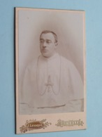 Pater Prètre Priester Father Priest Curé Vicaire Bisshop Père Pastoor Kanunnik ( CDV Photo Jérôme LEVAQUE Bruxelles ) - Antiche (ante 1900)