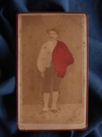 Photo CDV Anonyme Colorisée - Homme Type Béarn, Pyrénées, Pays Basque Circa 1865-70 L467 - Photos