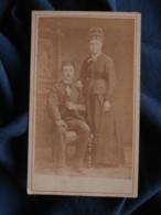Photo CDV Anonyme - Beau Couple Vers 1875 L467 - Photos