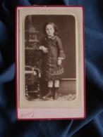 Photo CDV Reynouls à Béziers - Fillette En Pied Vers 1875-80 L467 - Photos