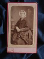 Photo CDV Reynouls à Béziers - Jeune Femme à La Coiff, Châle Vers 1875-80 L467 - Photos