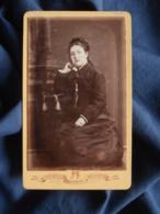 Photo CDV Reynouls à Béziers - Jeune Femme Pensive, Tresse En Couronne,  Vers 1880 L467 - Photos