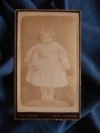 Photo CDV Alph. Leenaerts à Toulon - Jeune Enfant, Bien Couvert Circa 1890 L469 - Photos