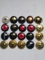 Lotto 20 Capsule Come Da Foto Lot N 2 - Capsules & Plaques De Muselet