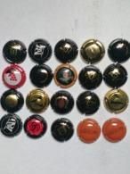 Lotto 20 Capsule Come Da Foto Lot N 4 - Capsules & Plaques De Muselet