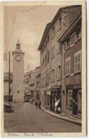 Trévoux - Place De L'Horloge - Magasin Tabac Avec Femme En Portail - Ed Cinier - Toren Met Uurwerk - Trévoux