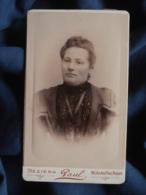 Photo CDV  Paul à Béziers  Portrait Femme  Belle Robe  CA 1890 - L467 - Photos