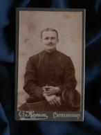 Photo CDV  Ramon à Castelnaudary  Portrait Homme  Casquette Type Employé Chemin De Fer  CA 1890 - L467 - Photos