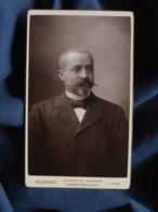 Photo CDV  Bellingard à Lyon  Portrait Homme élégant  Barbichette Et Moustache  CA 1895 - L467 - Photos