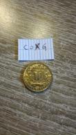 10 Francs Comores 1964 Rare Dans Cet Etat En L état Sur Les Photos - Comores