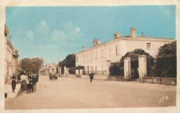 VILLEFRANCHE DE LAURAGAIS - Faubourg Du Palais; Tribunal,Gendarmerie, Sous Préfecture. - Other Municipalities