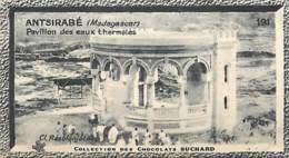 S9  MADAGASCAR  ANTSIRABE Eaux Thermales 10,5 X 6,5cm TRADECARD CHOCOLATE Colonies Afrique - Vieux Papiers