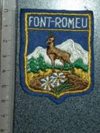 ECUSSON  TOURISTIQUE TISSUS  FONT  ROMEU - Patches