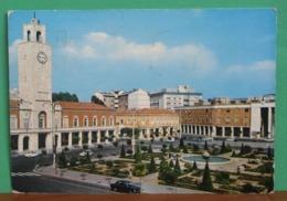 LATINA Piazza Del Popolo Auto Cars Cartolina Viaggiata 1974 - Latina