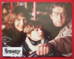 8 Photos Du Film Mensonge (1992) – Nathalie Baye - Albums & Collections