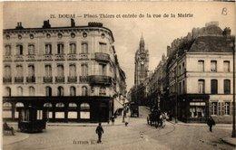 CPA DOUAI - Place THIERS Et Entrée De La Rue De La Mairie (512530) - Douai