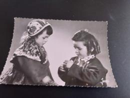 CP (29) Plougastel-Daoulas.Couple D'enfants. (E1709) - Plougastel-Daoulas