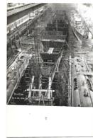 56 LORIENT ARSENAL CARTE PHOTO CHANTIERS CONSTRUCTION DU PLUTON CROISEUR MOUILLEUR DE MINES 1928 FORMAT CPA 2 SCANS - Lorient