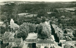 Cpsm MONGUILLEM 32 La Place Et L ' Eglise - Vue Aérienne - France