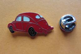 Pin's,voiture,Auto,VW Coccinelle,Volkswagen,Käfer,oldtimer,rouge - Volkswagen
