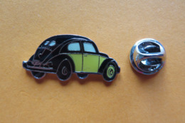 Pin's,voiture,Auto,VW Coccinelle,Volkswagen,Käfer,noir/jaune,oldtimer - Volkswagen