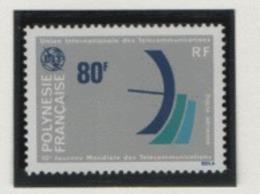 W36 Polynésie °°  PA 136 Télécommunications - Poste Aérienne