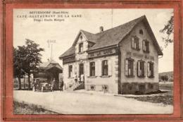 CPA - BETTENDORF (68) - Aspect Du Café-Restaurant De La Gare Et De La Gare Dans Les Années 20 / 30 - Other Municipalities