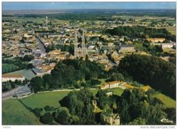 Carte Postale 44. Machecoul  Et Le Chateau De Barbe Bleue  Vue D'avion Trés Beau Plan - Machecoul
