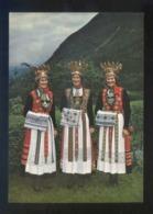 Noruega. *Bridal Dresses From Hardanger* Nueva. - Noruega