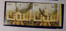 INDIA 2004. Taj Mahal. 25Rs. SG2248. Block Of 2 Used Stamps. - Gebruikt