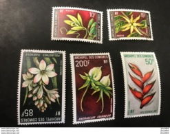 COMORES 1969 Serie Complète 5 V Neuf ** MNH Mi 97 A 101 Flowers Of Comoros Komoren - Komoren (1950-1975)
