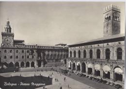 Bologna - Piazza Maggiore - H5705 - Bologna