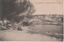 CPA Sausset - Le Port à Travers Les Pins (avec Petite Animation) - Frankreich