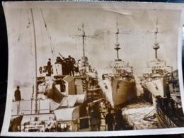 PHOTO Presse WW2 WWII : VAISSEAUX KRIEGSMARINE Au PORT _ 12.1.1941 - Oorlog, Militair