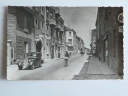 Loire--Feurs--Rue De St Etienne - Animé - Peu Courant - Feurs