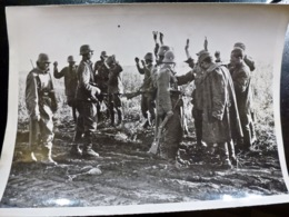 PHOTO Presse WW2 WWII : PRISONNIERS Russes _ BARBAROSSA _ 22.10.1941 - Oorlog, Militair