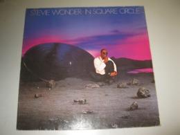"""VINYLE STEVIE WONDER """"IN SQUARE CIRCLE"""" 33 T MOTOWN (1985) - Vinyl-Schallplatten"""