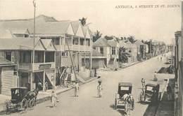"CPA ANTIGUA ""Une Rue à Saint John's"" - Antigua & Barbuda"