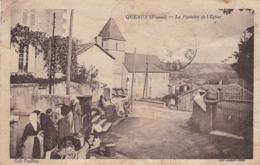 VIENNE QUEAUX LA FONTAINE ET L EGLISE - Francia