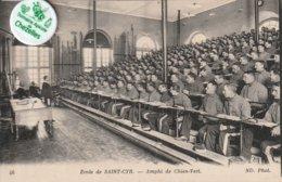 78 - Très Belle Carte Postale Ancienne De ECOLE DE SAINT CYR   Ampli De Chien Vert - St. Cyr L'Ecole