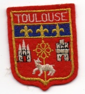 ECUSSON FEUTRINE ROUGE       TOULOUSE - Patches
